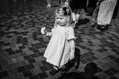 Images on the run... (Sean Bodin images) Tags: streetphotography streetlife seanbodin streetportrait people photojournalism photography copenhagen citylife candid city citypeople children voreskbh visitdenmark visitcopenhagen visuelkultur romance balloons justgoshoot august 2018