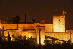 Alhambra (clemensgilles) Tags: palast palace castle andalusien andaluz spain spanien españa granada alhambra nachtfotografie night beautiful