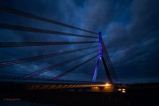 Lichter in der Nacht  Rheinbrücke Wesel bei Nacht