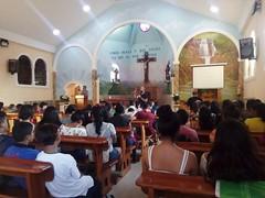 Dinámicas vocacionales con los jóvenes de primero y segundo de confirmación en la parroquia de San Antonio. Este año el mes de agosto en la diocesis está trabajando también el tema vocacional