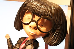 """Edna Mode from The Incrediblaes - The Science Behind Pixar • <a style=""""font-size:0.8em;"""" href=""""http://www.flickr.com/photos/28558260@N04/43189260024/"""" target=""""_blank"""">View on Flickr</a>"""