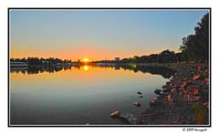 toloonlahti (harrypwt) Tags: harrypwt borders framed city landscape cityscape nikond80 d80 1020mm helsinki finland paintinglike reflections sunset sea waters rock coastal