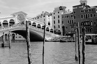 Ponte di Rialto @ Venezia - ITALY in b/w