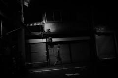 彷徨う (tomorca) Tags: woman night street alley blackandwhite monochrome fujifilm xt2