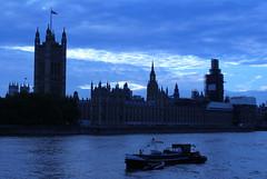 London (np486) Tags: london england uk parliament night river thames boat