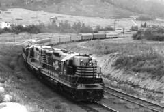 CB&Q SD9 333 (Chuck Zeiler) Tags: cbq sd9 333 burlington railroad emd locomotive palmerlake train chz pullman passenger car