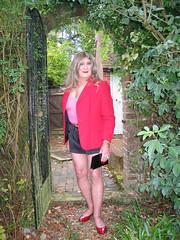 Janeblahtpntsarch (fionaxxcd) Tags: mtf m2f transvestite trannie tranny crossdresser ladyboy ladyboi stilettos legs hotpants longblonde rednails mascara bangles bust breast nipples