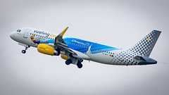 Airbus A320-232(WL) EC-MLE Vueling - 25 years Disneyland Livery (William Musculus) Tags: airport spotting paris orly lfpo ory aeroport ecmle vueling airbus a320232wl 25 years disneyland livery special scheme vy vlg a320200