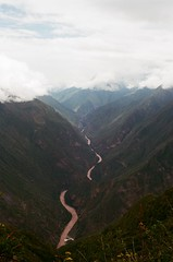 Grande Rio (IggyRox) Tags: peru andes mountains southamerica abancayprovince apurimacregion film 35mm hike trek nature beauty vilcabamba santateresadistrict laconvencionprovince cuscoregion rioapurimac valley view deep gorge vast choquequiraomachupicchutrek huanipacadistrict color