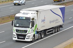 LRZ 6899 (panmanstan) Tags: man tgx wagon truck lorry commercial freight transport haulage vehicle a1m fairburn yorkshire