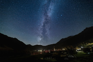 Rueras by night