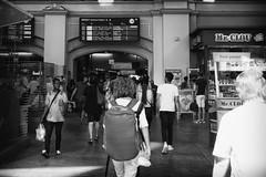 OKSF 192 (Oliver Klas) Tags: okfotografien oliver klas street streetfotografie streetphotography strassenfotografie streetart streetphotographer streetphoto stadtleben streetlife streetculture urban schwarzweis schwarzweissfotografie blackandwhite monochrom farblos abstrakt dunkel hell grau schwarz weiss black white sw schwarzweiss personen people menschen persons volk familie angehörige bewohner bevölkerung leute europäer mann frau gesellschaft menschheit mensch völker deutschland germany stadt city europa deutsch staat westdeutschland ostdeutschland norddeutschland süddeutschland db zug bahnhof station bahn de