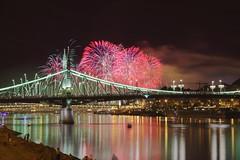 Szabadság híd Augusztus 20. (Rell Boldizsár) Tags: hun hungary hungarian magyarország magyar firework tűzijáték ünnep államalapítás budapest