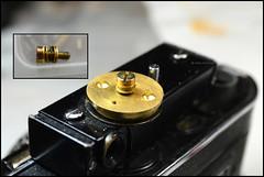 Certo Dollina II Repair Notes (17) (Hans Kerensky) Tags: certo dollina ii rangefinder folder repair remove focus wheel knob circular ring copper brass puller