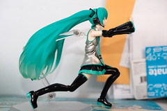 DSC_3644 (Quantum Stalker) Tags: good smile company max factory figma anime figure articulated nonscale vocaloid jpop star singer guitar mic stand green hair wings concerts band 20 200