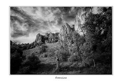 IMGP9403 (Francinen89) Tags: paysage landscape burgundy bourgogne nature noiretblance blackandwhite nuages clouds rochers rocks
