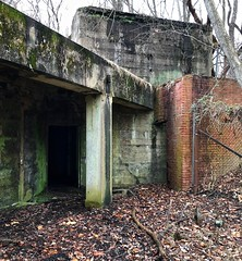 A change of heart You'll be all right (krossbow) Tags: maryland prince georges county fort washington park national service npsgov fowa battery emory endicott fire command primary station unoccupied uninhabited empty abandoned vacant derelict iphone harbor defense potomac