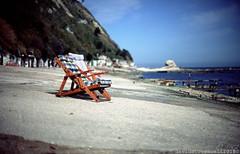 B070 Ancona (Davide _non so cos'è l'AccaDiErre) Tags: ancona davide toccaceli passetto seaside mare sea colour velvia nikkor5012ais fujifilm cliffs scogli beach spiaggia italy italia marche themarches 135 fromfilm film pellicola 35mm nikon fm2