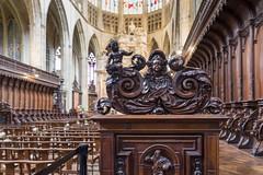 Toulouse - Cathédrale Saint-Etienne (Claude Guigon) Tags: pentax toulouse saintetienne cathédrale bâtiment bois sculpture architecture