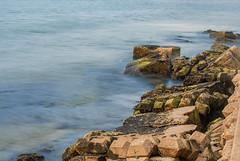como la marea (Momoztla) Tags: mexico momoztla coatzacoalcos veracruz escolleras larga exposicion rocas mar marea olas