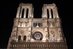 FR11 2506 Notre-Dame de Paris. L'île de la Cité. (Templar1307 | Galerie des Bois) Tags: paris valdemarne iledefrance france iledelacite notredame notredamedeparis church cathedral longexposure
