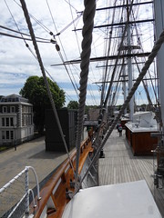 Masts and lift (c_nilsen) Tags: cuttysark ship clippership london unitedkingdom england teaclipper