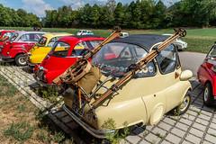 BMW Isetta Meeting (karlheinz klingbeil) Tags: vintagecar südbaden car bmw badenwürttemberg isetta schwarzwald auto meeting classiccar gutachimbreisgau deutschland de ski