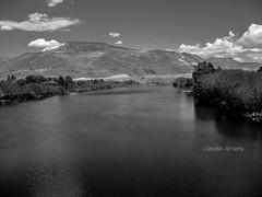 Patagonia Argentina (Claudio Arriens) Tags: argentina patagonia america bw pb landscape paisagem paisaje