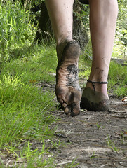 Natural footsteps (Barefoot Adventurer) Tags: barefoot barefooting barefoothiking barefooter barefeet barefooted baresoles barfuss earthstainedsoles earthing earthsoles energy earth callousedsoles connected callouses soles stainedsoles strongfeet soil walking wrinkledsoles woodlandsoles wetmud woodland texture leathersoles healthyfeet happyfeet hiking heelcracks roughsoles ruggedsoles