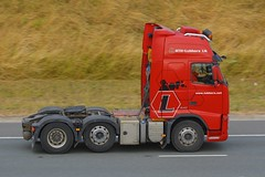 Lubbers FH (panmanstan) Tags: volvo fh wagon truck lorry commercial freight transport haulage vehicle a1m fairburn yorkshire
