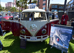 ZelectricBUS (D70) Tags: zelectricbus volkswagen type2 range 250 miles 100 mph battery life 1215years lajolla concoursdelegance 2018 village sandiego california usa nikon d750 20mm f28 ƒ71 200mm 1200 electric vw bus