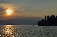 Ohrid (Erre Taele) Tags: lakua lake lago macedonia makedonia eliza iglesia bizantina cristiana sol tarde atardecer