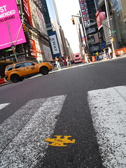 Short Stikman Yellow Robot Tile Times Square NYC 7088 (Brechtbug) Tags: a return stikensian era white robot tile stikman broadway times square nyc street art graffiti tag tagging stencil cut out toynbee stickman asphalt figurative school flat action figures new york city 08102018 cross walk smoke 2018 stik man men curious streets summer heat august