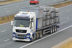 V55 RJJ (panmanstan) Tags: man tgx wagon truck lorry commercial flatbed freight transport haulage vehicle a1m fairburn yorkshire