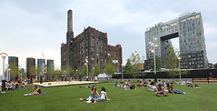 Domino Park (witajny) Tags: park eastriver buildings people sky landscape trees green grass brooklyn williamsburg architecture dominosugarfactory city building