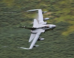 SPUR (Dafydd RJ Phillips) Tags: za607 ebx panavia tornado gr4 raf marham mach loop royal air force jet fighter