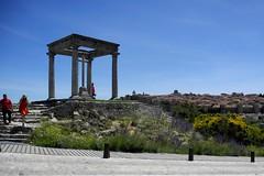 Icona, esperienza, condivisione. (Giangaleazzo) Tags: avila icon spain spagna santa road monument experience sharing nikon coolpix
