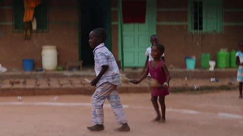 The children join in at Aniausse
