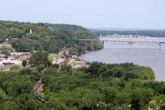 Snaking Along The Mississippi (AdamElias14) Tags: emd missouri loversleap mississippiriver hannibalmissouri bnsfhannibalsub coaltrain bnsf