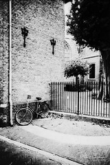 Bicycle @ Woerden (PaulHoo) Tags: rolleiflex sl35m film analog blackandwhite contrast city urban 2018 adox cms20 lomography woerden bicycle still cityscape