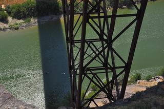 Snake River Kayakers Below the Perrine Bridge