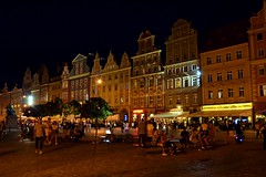 night life in Wrocław :) (green_lover (your COMMENTS are welcome!)) Tags: wrocław poland city oldtown marketsquare town architecture history night houses people lights