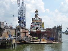 Wilhelminahafen Rotterdam (jimcnb) Tags: geo:lat=5189903185 geo:lon=439659118 schiff geotagged schiedam zuidholland niederlande 2018 mai rotterdam nld