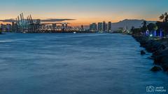 South Pointe Park - Miami Beach (..Javier Parigini) Tags: usa miami miamibeach southbeach florida orlando nikon nikkor d4 2470mm 28 landscape paisaje urbano parque park southpointepark javierpariginifotografia atardecer sunset