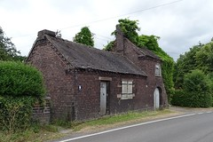 Lodley Smithy (Wildlife Terry) Tags: sandbach cheshire alsagerroad lodley smithy cheshirecountryside northwestengland summer june2018 blacksmith forge lost craft heritage