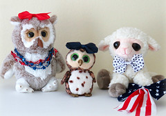Happy 4th of July! (Bennilover) Tags: 4thofjuly independenceday patriotism owls hazel swoop lamb liam flag bows