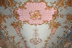 The Golden Gallery (just.Luc) Tags: chandelier kroonluchter kronleuchter lustre pink roze rosa rose vergoldet verguld doré gilded ceiling plafond decke techo charlottenburg palace schloss paleis berlin berlijn allemagne deutschland duitsland germany europa europe