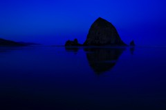 The Blue Hour, Cannon Beach, Oregon (Symbiosis) Tags: thebluehour cannonbeach oregon
