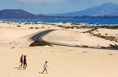 Dunes of Corralejo (RafalZych) Tags: fuerteventura canaries canary island islands spain kanary kanaryjskie hiszpania corralejo dune dunes sand piasek desert road tourist canarias kanaren