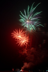 DSC_4348 (CEGPhotography) Tags: 2018 chestercounty newgarden pa balloonfestival fireworks hotairballoon